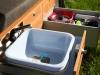 Waschbecken und Geschirr
